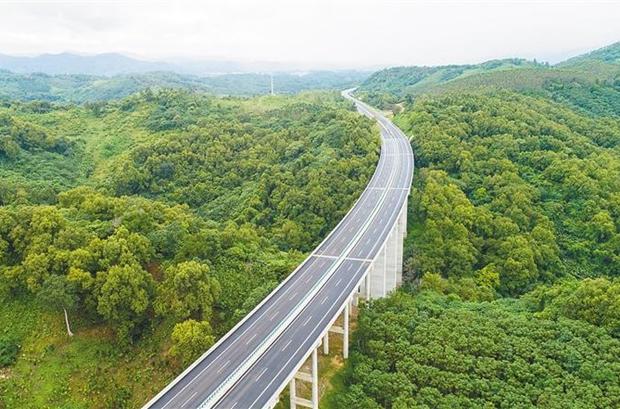 海南周刊 | 海南最美公路:一路山水一路歌